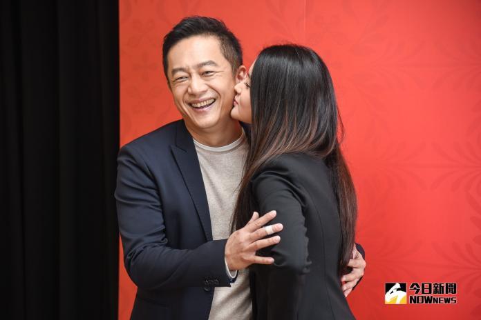 陳昭榮、陳品兒接受媒體訪問。(圖片/記者陳明安攝,2019.02.27)