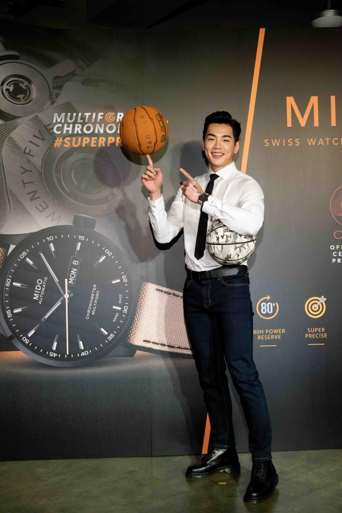 <br> 曾是籃球員的禾浩辰,現場展現多種籃球絕活。圖@Mido