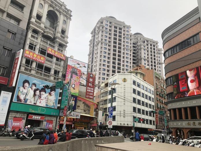 NOWNEWS0307_(主稿照片)新竹站前商圈住宅屋齡高,新屋相對稀有,行情站上3字頭 (1)