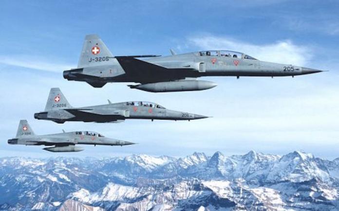 ▲瑞士空軍F-5F戰機。(圖/瑞士空軍)