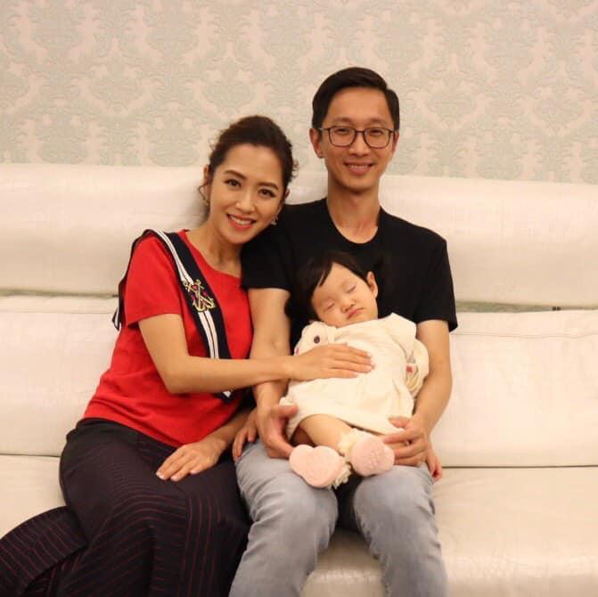 楊千霈女兒一歲生日