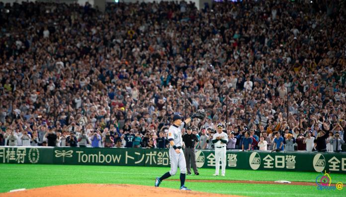再見一朗/不捨一朗 球迷不願離開東京巨蛋
