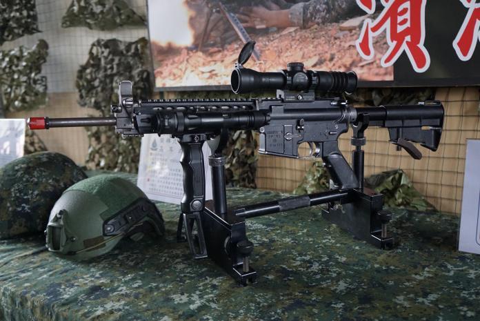 ▲國軍制式T91步槍。(圖/記者呂炯昌攝)