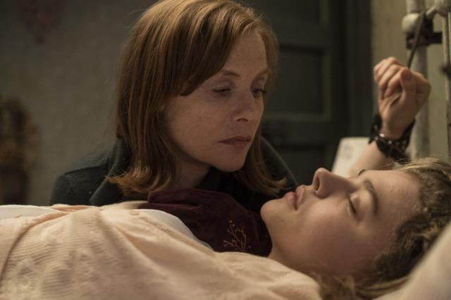 <br> 葛莉塔為了將法蘭西絲留在身邊,不惜採取綑綁、注射藥劑的方式,非常可怕。(圖:Catchplay)