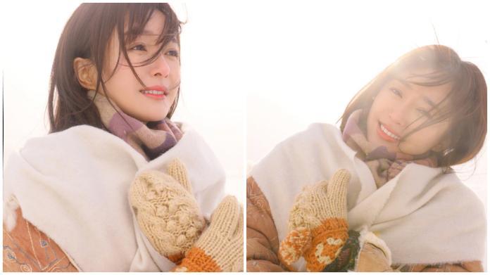 ▲一身冬裝的秦嵐,光露出療癒甜美的笑容就融化所有人的心。(圖/秦嵐微博)