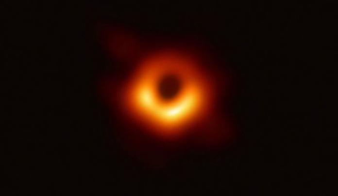 NOW早報/人類史上「黑洞」首次曝光 距地球5500萬光年