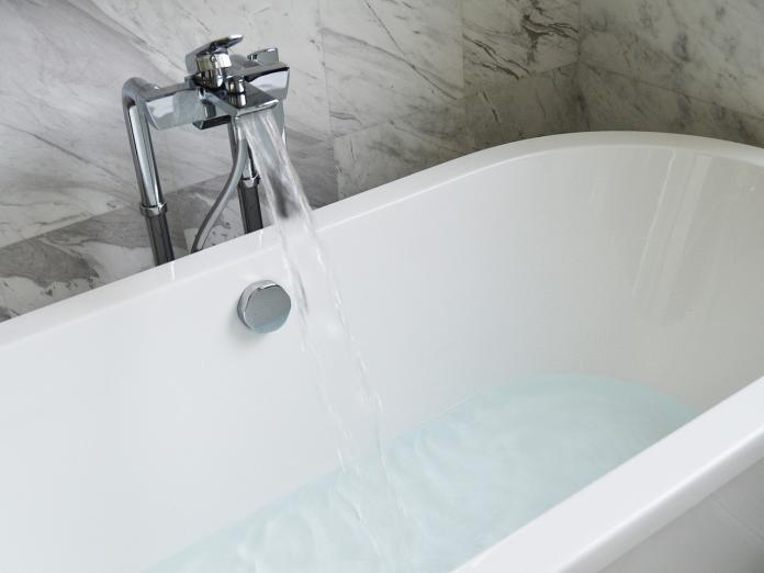 bathtub-890227_1280