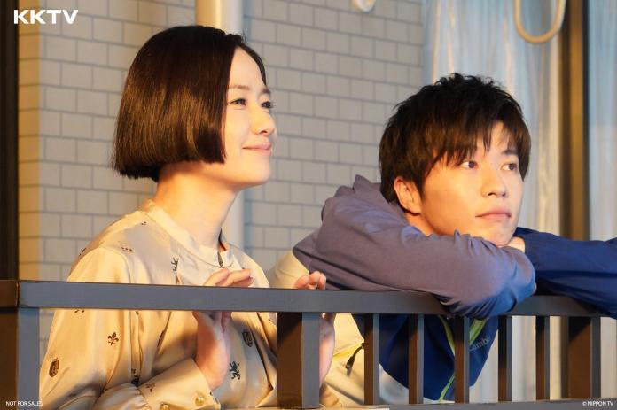 <br> ▲原田知世與田中圭飾演夫婦,搬進新公寓。(圖/KKTV)