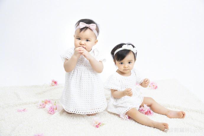 <br> ▲熊黛林的雙胞胎女兒滿周歲。(圖/翻攝微博)