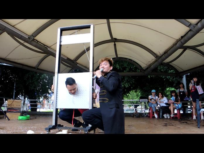 <br> ▲魔幻可樂王元照老師帶來精彩的魔術表演。(圖/記者陳雅芳攝,2019.04.21)