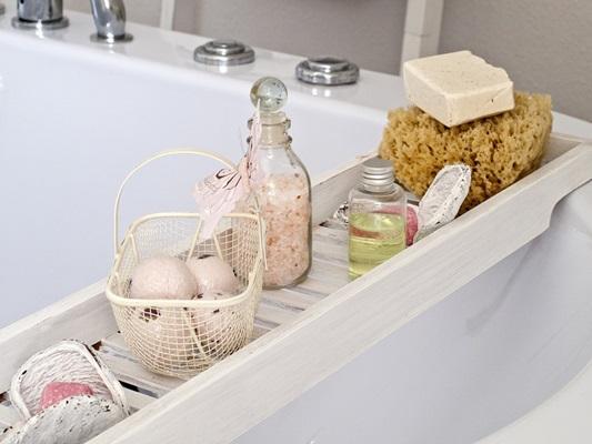 ▲醫師提醒,洗澡水溫應低於40度、時間控制在15分鐘內,能幫助維持健康膚況。(圖/翻攝自pixabay)