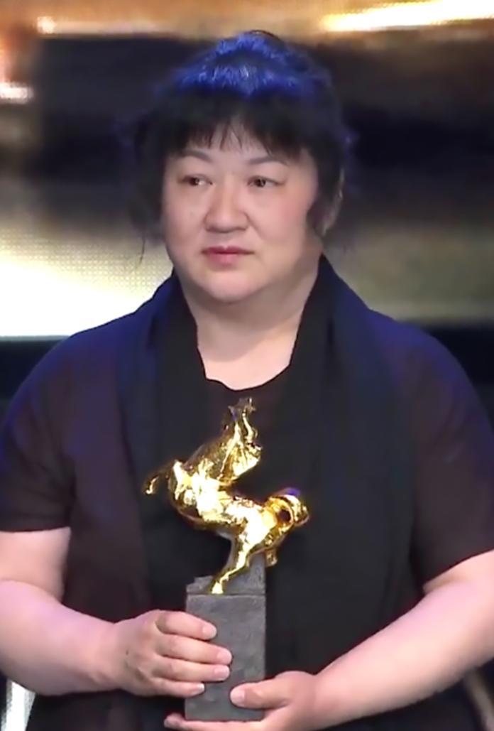 <br> ▲本片獲金馬最佳劇情長片,導演胡波媽媽代為領獎。(圖/friDay影音提供)