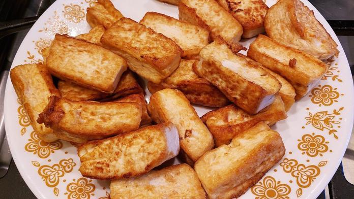 ▲營養師表示,百頁豆腐的熱量是傳統豆腐的