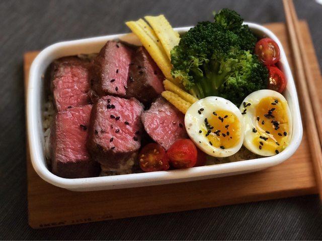 <br> ▲原 PO 大方公開自己的「甩油菜單」,並列出飲食原則。(圖/翻攝自 PTT )
