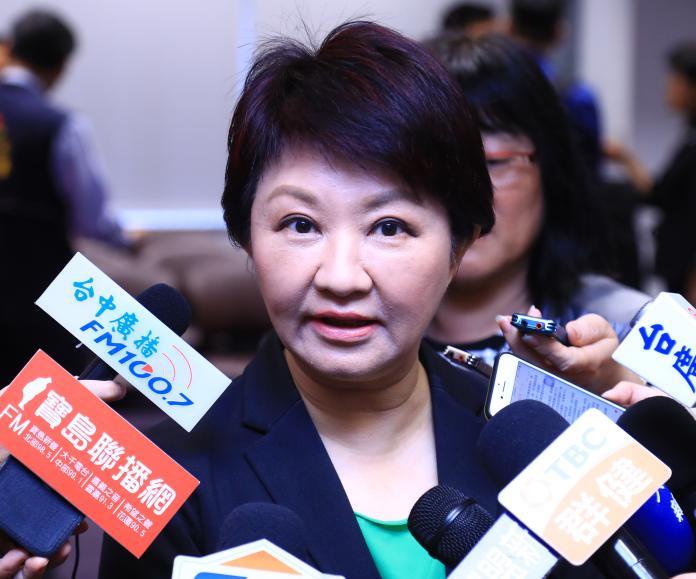 ▲市長盧秀燕指出,所謂自經區有「境內、關外」及「降低關稅障礙」。但「只出口、不內銷」的兩要件。 (圖/柳榮俊攝2019.5.6)