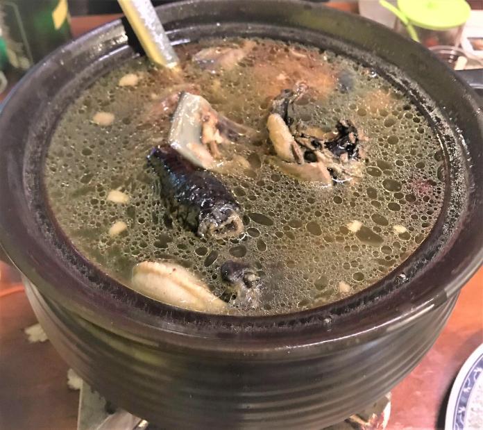 「霸王別姬」溫補雞鱉鍋 該吃公的還是母的?