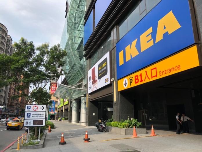 恐怖輪迴!買IKEA<b>剪刀</b>驚見「這一幕」 千人笑翻:套路啊