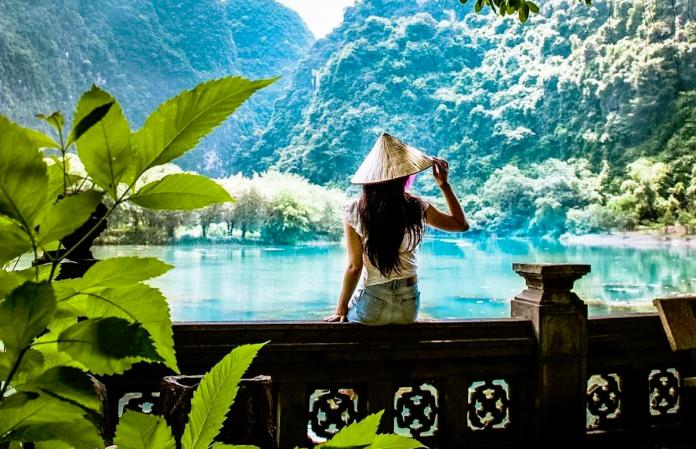 ▲有網友好奇發問,越南觀光人次為什麼這麼高,台灣輸在哪?引來鄉民熱烈討論。(圖/翻攝自越南觀光局的 IG )