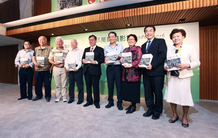 出版《台灣民主印象》攝影集 邱萬興記錄台灣民主30年