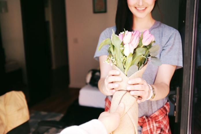 別再覺得送花不實際 研究顯示:有效紓緩日常壓力