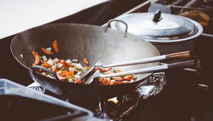 12歲男童愛做菜「回家就下廚」 媽擔憂:數學才考1分