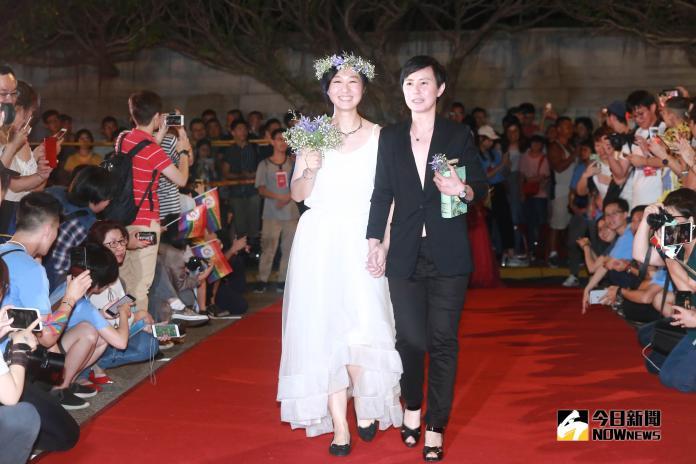 凱道同婚宴1600人舉杯慶賀 伴侶盟續推收養權、跨國同婚