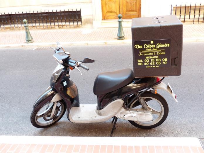 pizza-service-187333_960_720