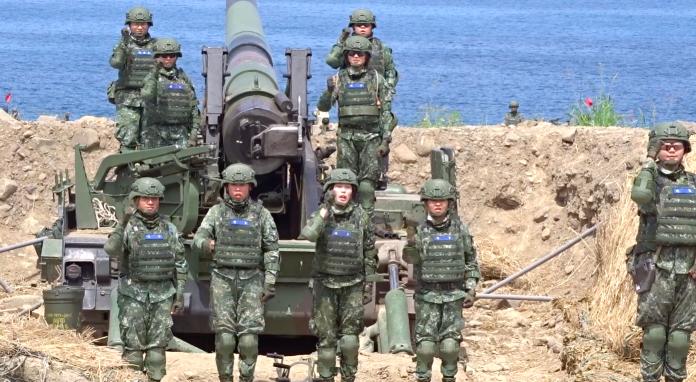 志願役戰力比較強!立委提議女性軍士官也要教召