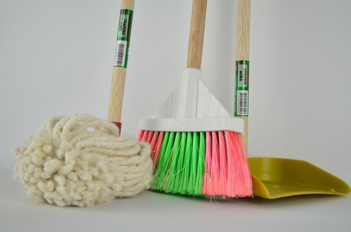 ▲香港發生疑似養老院女院友被清潔工非禮事件。(示意圖/取自 Pixabay )