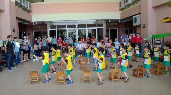 <br> ▲斗六市哈佛幼兒園小朋友帶來精采地開場舞蹈表演。(圖/記者蘇榮泉攝,2019.05.31)