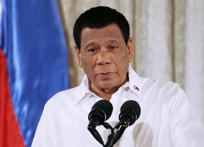 ▲菲律賓總統杜特蒂近期在對美政策上的轉變,有外媒引述專家分析,是因未獲得中國履行承諾,加上北京頻頻在南海主權爭議地區動作。資料照。(圖/美聯社/達志影像)