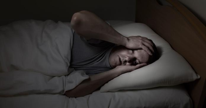 睡眠呼吸中止<b>缺氧</b>拉警報  打鼾者易罹牙周病