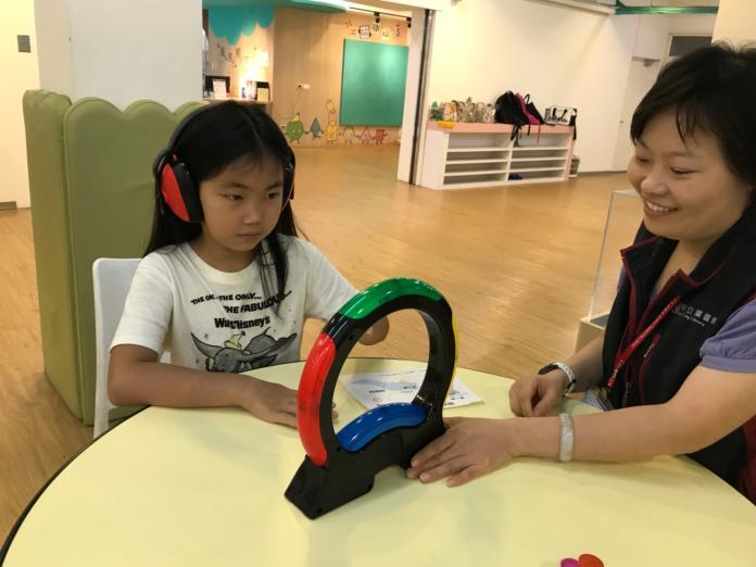 鶯歌分館共融遊戲分享會,小朋友小朋友聽障體驗-今日