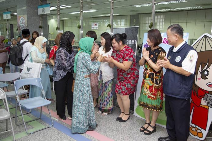 移民署嘉義縣服務站為穆斯林辦開齋、祈福活動。