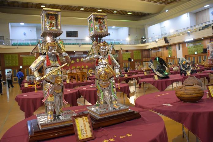<br> ▲巧聖先師魯班公誕辰,這是一場結合傳統工藝及宗教信仰的藝文活動,有傳統工藝技藝的展現。(圖/記者陳雅芳攝,2019.06.09)
