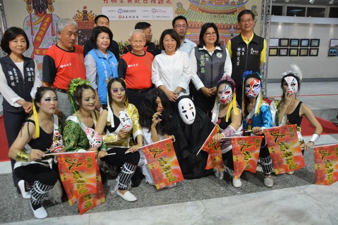 拼經濟推祭典觀光 城隍夜巡前進日本