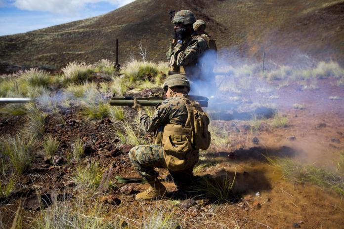 ▲美軍陸戰隊發射M72輕型反裝甲武器(圖/美軍陸戰隊)
