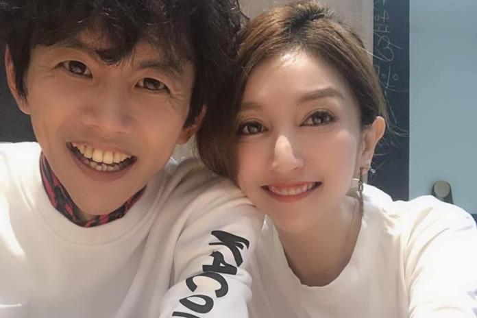 ▲阿翔、Grace結婚8年,正攜手度過婚姻最大危機。(圖/臉書)