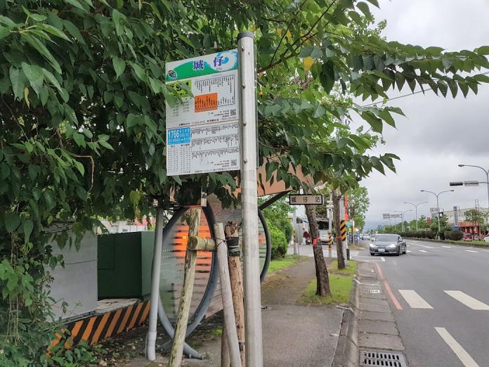 公路客運原屬中央管轄,去年10月1日公路總局移撥了20條路線給宜蘭縣政府管理,並改為「市區客運」