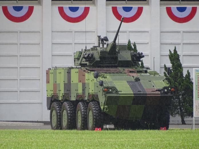 ▲CM34 30鏈砲雲豹甲車,首度在國軍營區開放中展出。(圖/記者呂炯昌攝, 2019.6.16)