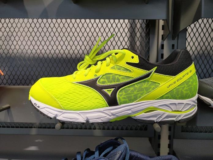 ▲國軍新公發運動鞋出現日本品牌慢跑鞋。(圖/記者呂炯昌攝)