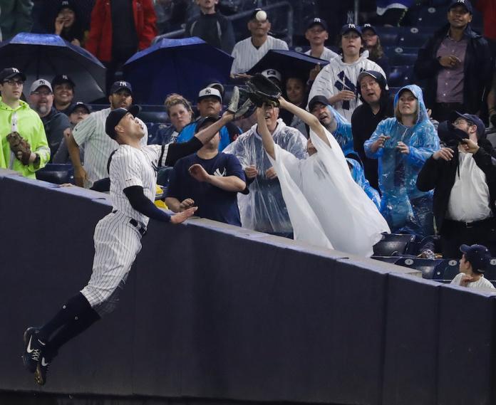 MLB/怪力男史坦頓重返洋基! 美技接殺宣告回歸