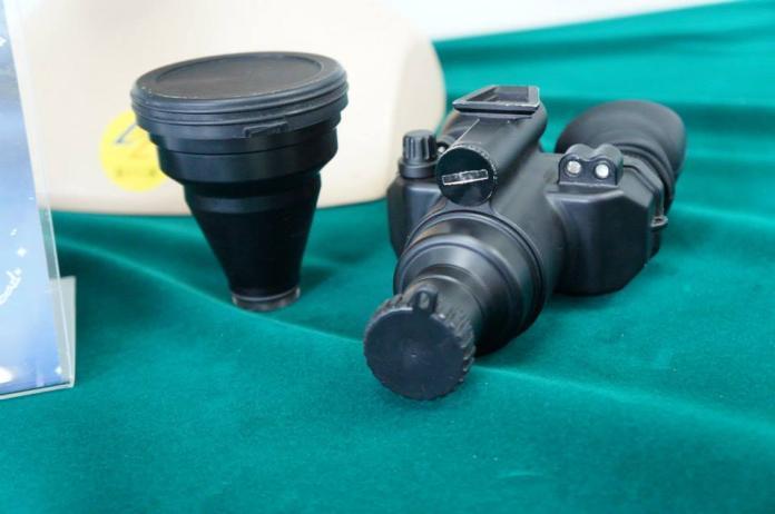 ▲由軍備局401廠研發的TS96雙眼單筒夜視鏡。(資料照/記者呂炯昌攝)