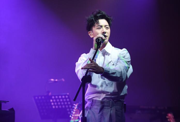 ▲韋禮安演唱新歌〈而立〉、〈記得回來〉。(圖/耀聲音樂提供)