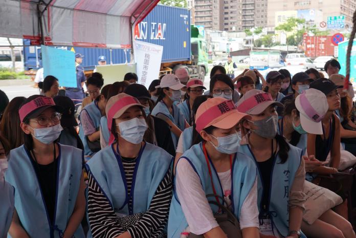 ▲長榮空服員罷工已邁入第 13 天。(圖/記者呂炯昌攝, NOWnews 資料照片)