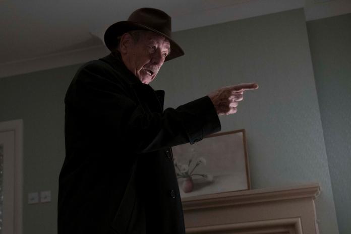 【大說謊家】伊恩麥克連 飾演職業騙徒 羅伊寇特尼