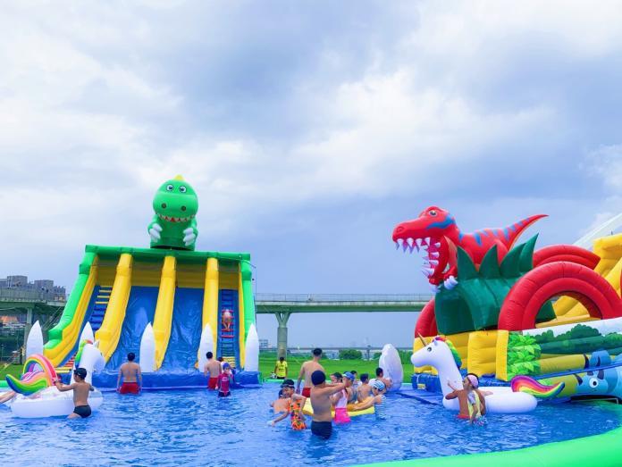 <br> ▲「2019新月水道節」今年同樣打造滑水樂園。(圖/記者宋原彰攝,2019.06.27)
