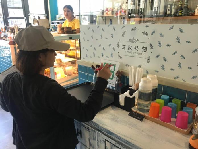 內食餐飲禁用一次性塑膠吸管 實施首日宜縣未發現違規
