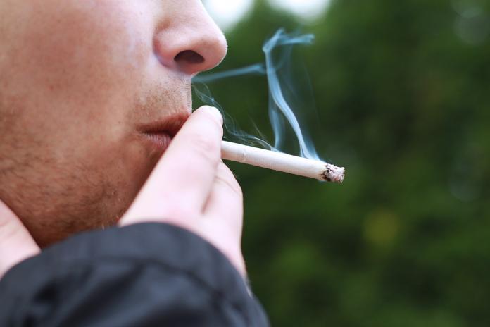 20歲前不能抽煙!菸害防制法草案出爐 電子菸也全面禁賣