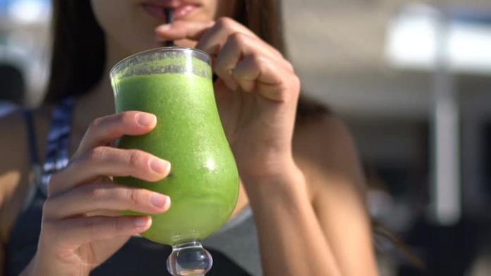 愛喝「純果汁」好健康?研究驚曝:每天一杯罹癌率大增